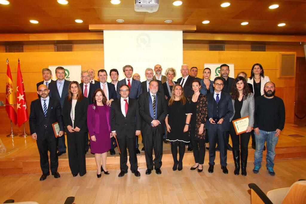 Foto de grupo de los galardonados en la XI edición de los Premios AEEPP 2017.