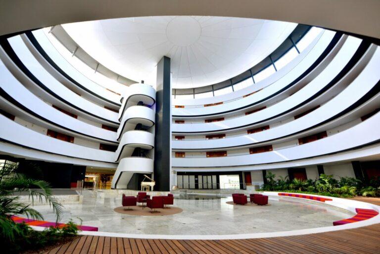 hotel barcelo sevilla renacimiento interior